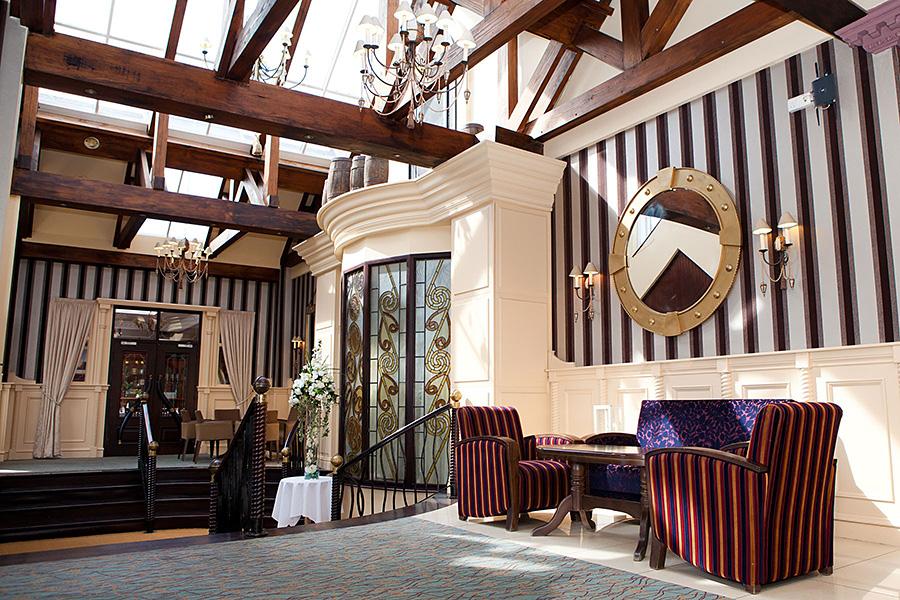 Four Seasons Hotel Monaghan - Foyer